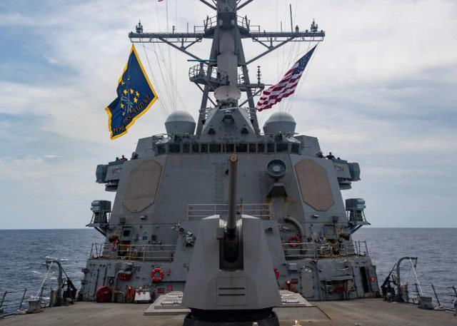 嚣张!美军驱逐舰非法闯入我西沙领海,还发布现场图大肆宣扬