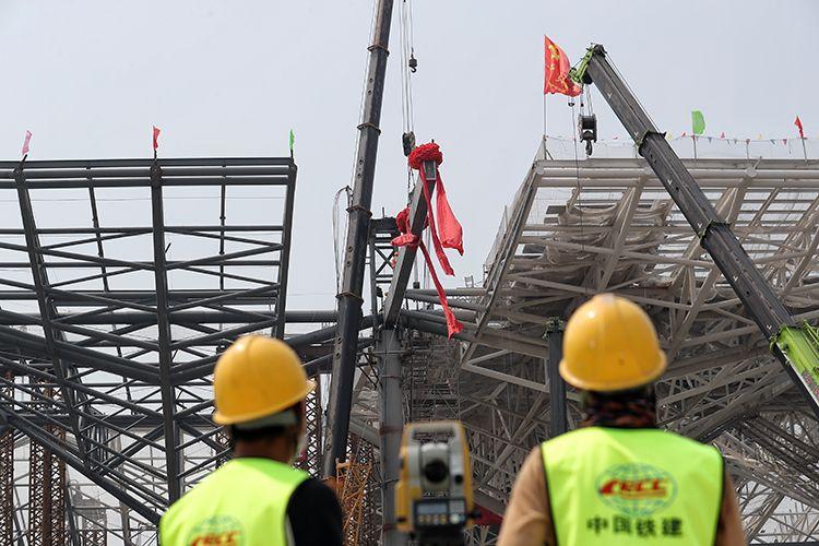 京沈高铁星火站主体结构封顶 预计年底通车|组图图片