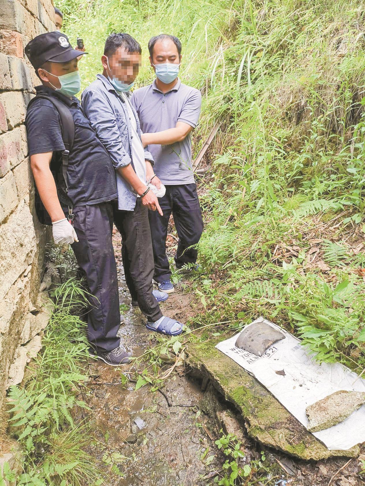 罗田警方破获市值300多万元黄金盗窃大案 藏在井里的千余件黄金首饰被追回