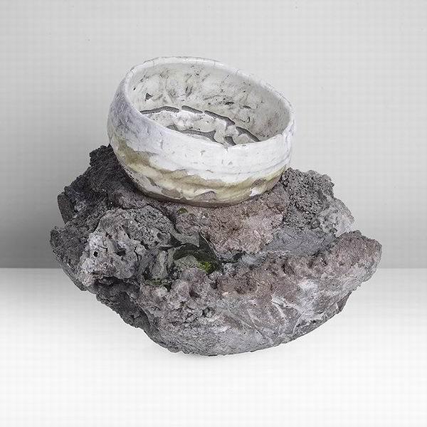 他的乐趣在陶瓷本身——英国当代陶艺藏家迪亚班杜与他的藏品