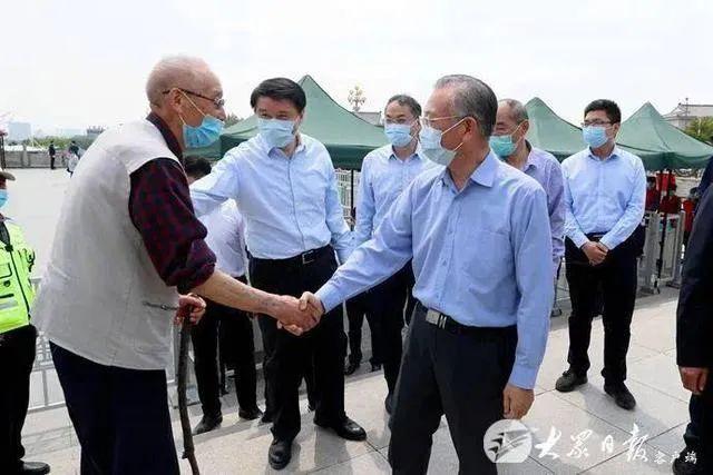 「天富」省天富委书记们暗访调研景区图片