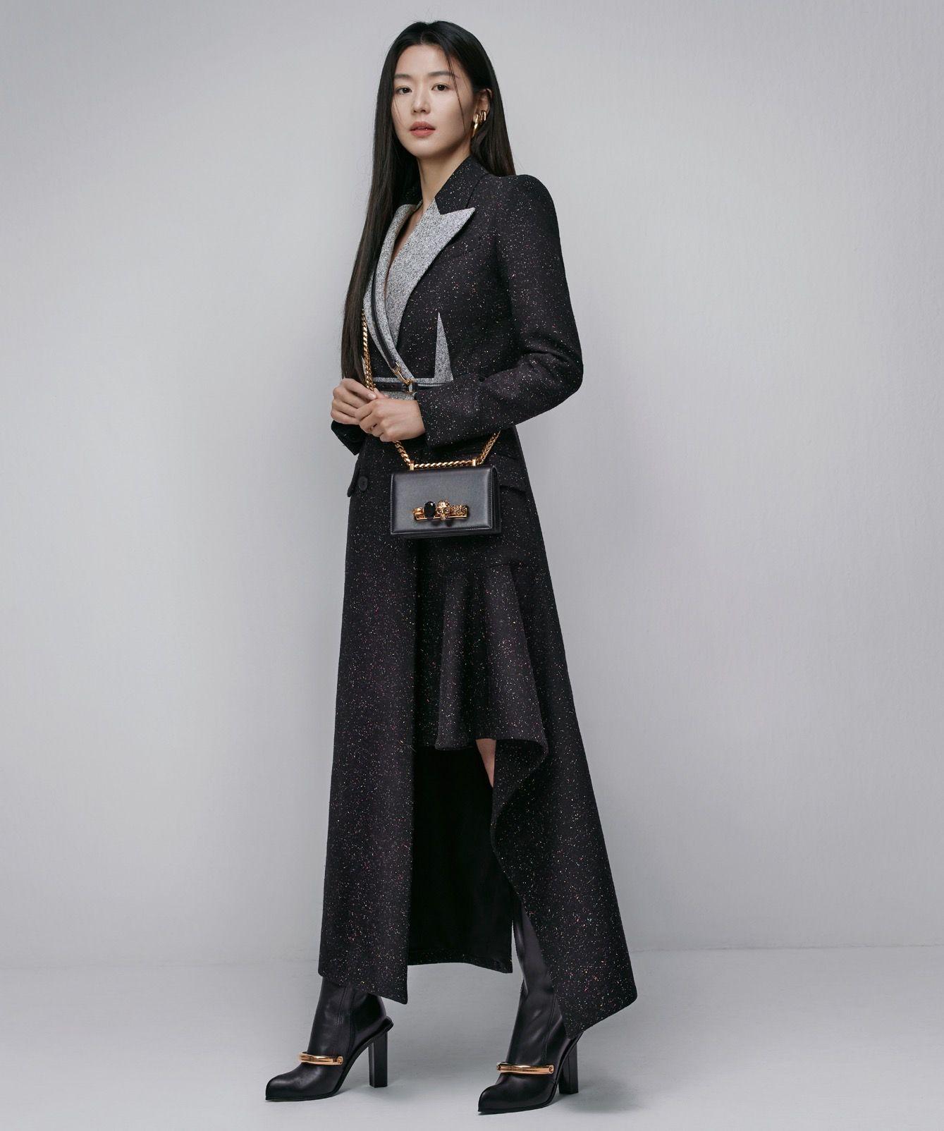 全智贤成亚历山大·麦昆品牌大使图片