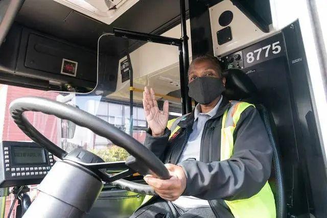 旧金山公交车司机
