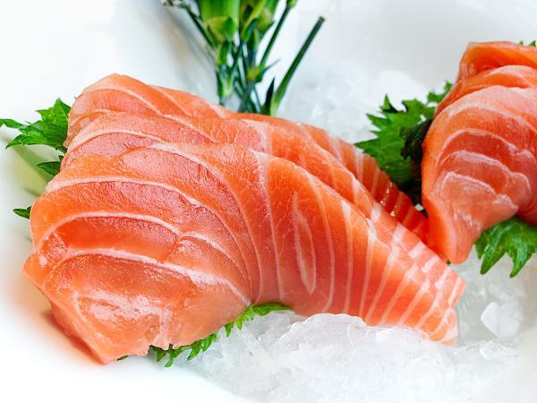 三文鱼还能不能吃?为什么又是海鲜市场?专家有话说图片