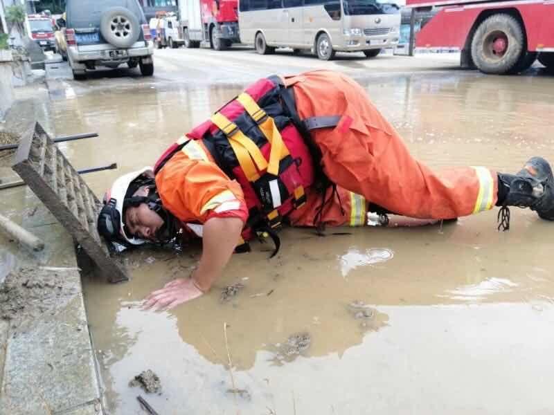 贵州正安县暴雨已致8人身亡 仍有5人失联图片