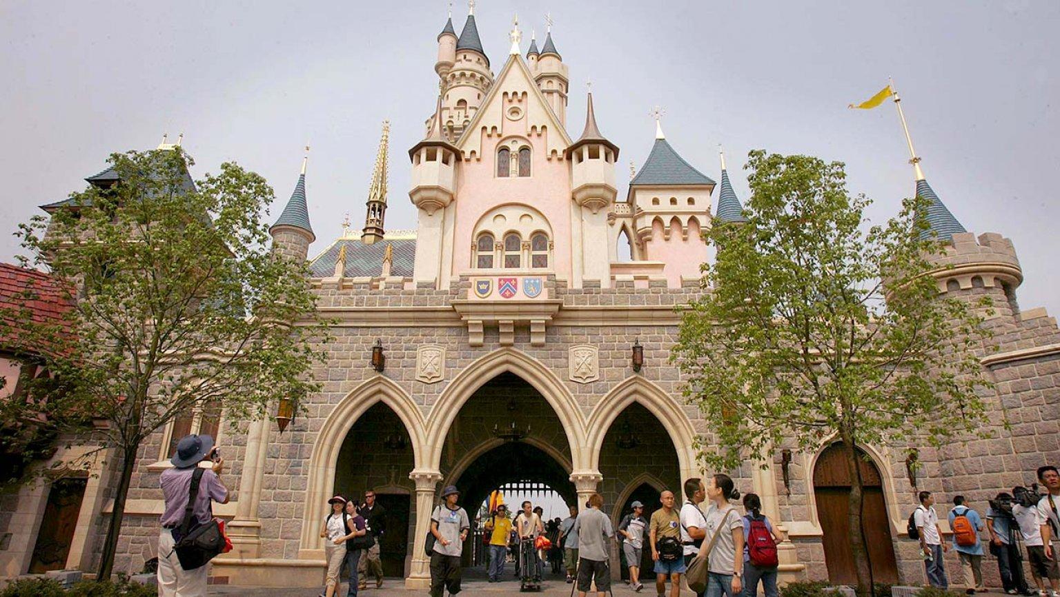 香港迪士尼乐园将于6月18日重新开放,需提前7日预约图片