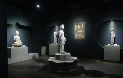 """博物馆动态 青州市博物馆""""龙兴寺佛教造像展""""暂停开放"""