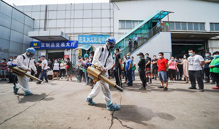 北京岳各庄批发市场6000余人今起全部核酸检测图片