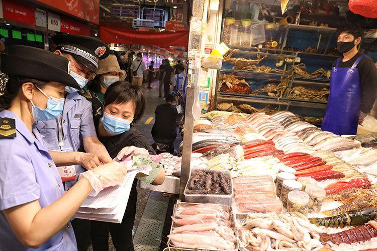 三源里菜市场已斩断新发地货源 所有人员完成核酸检测图片