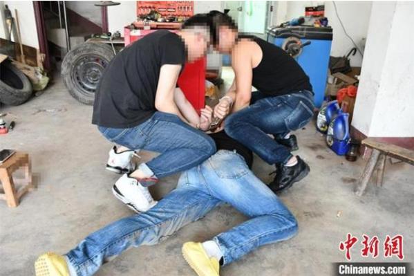 四川内江破获一起特大贩毒案 抓获违法犯罪嫌疑人13人