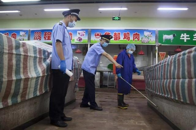 北京东城居民可放心买菜14家农产品市场检测全为阴性