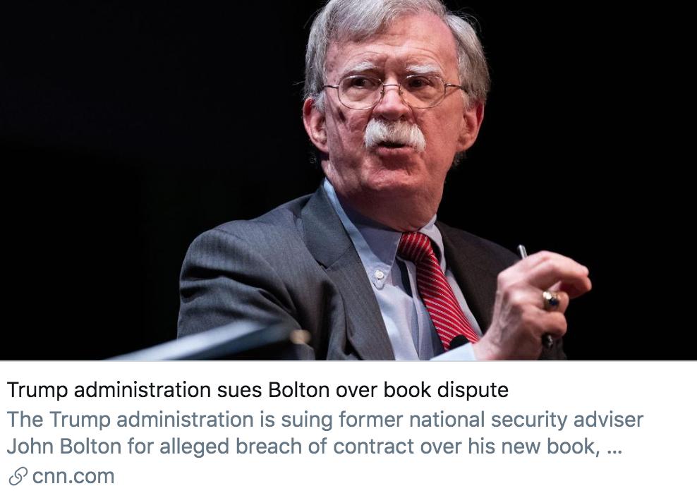 """特朗普政府起诉博尔顿,""""敢发新书你就面临刑事指控""""图片"""