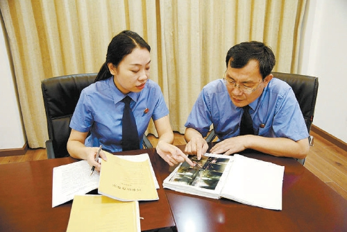 襄阳襄城:检察官拨开迷雾决定对交通肇事嫌疑人不起诉图片