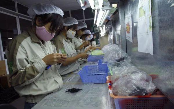 ▲资料图片:越南首都河内一家电子商品组装工厂。