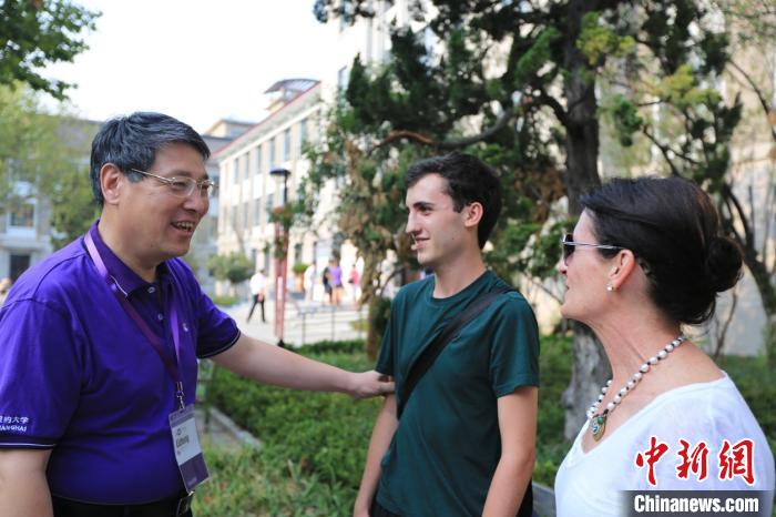 """童世骏接棒上海纽约大学校长:""""深知国际和平和中美友好的重要性"""""""