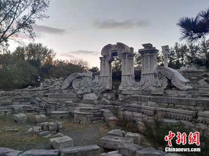 资料图:圆明园遗址。中新网记者 宋宇晟 摄