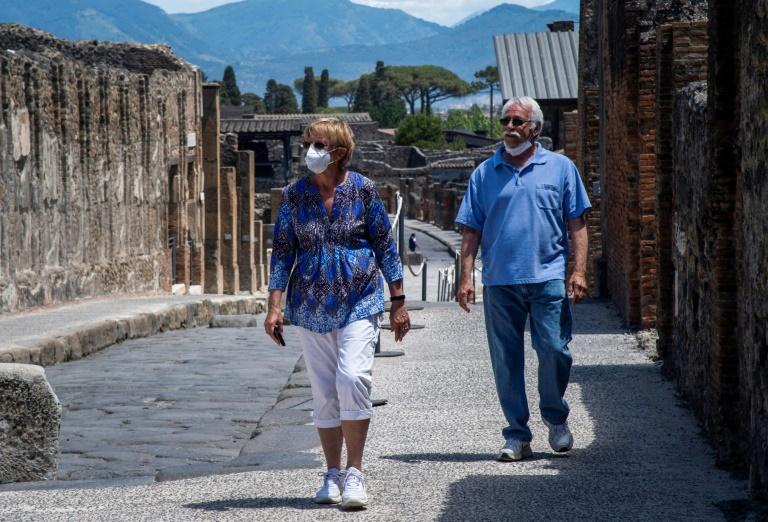 庞贝遗址公园(Pompeii archaeological park)上周二也重新开放。 资料 图