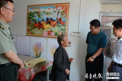 郭学辉到三河湖镇调研指导软弱涣散村党组织整顿工作
