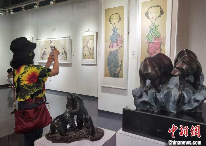 """""""疫后·艺启""""广州艺博会2020艺术巡回展(广东)开幕"""
