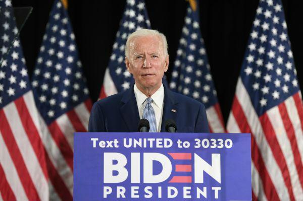 6月5日,美国前副总统乔·拜登在特拉华州多佛发表讲话。新华/美联