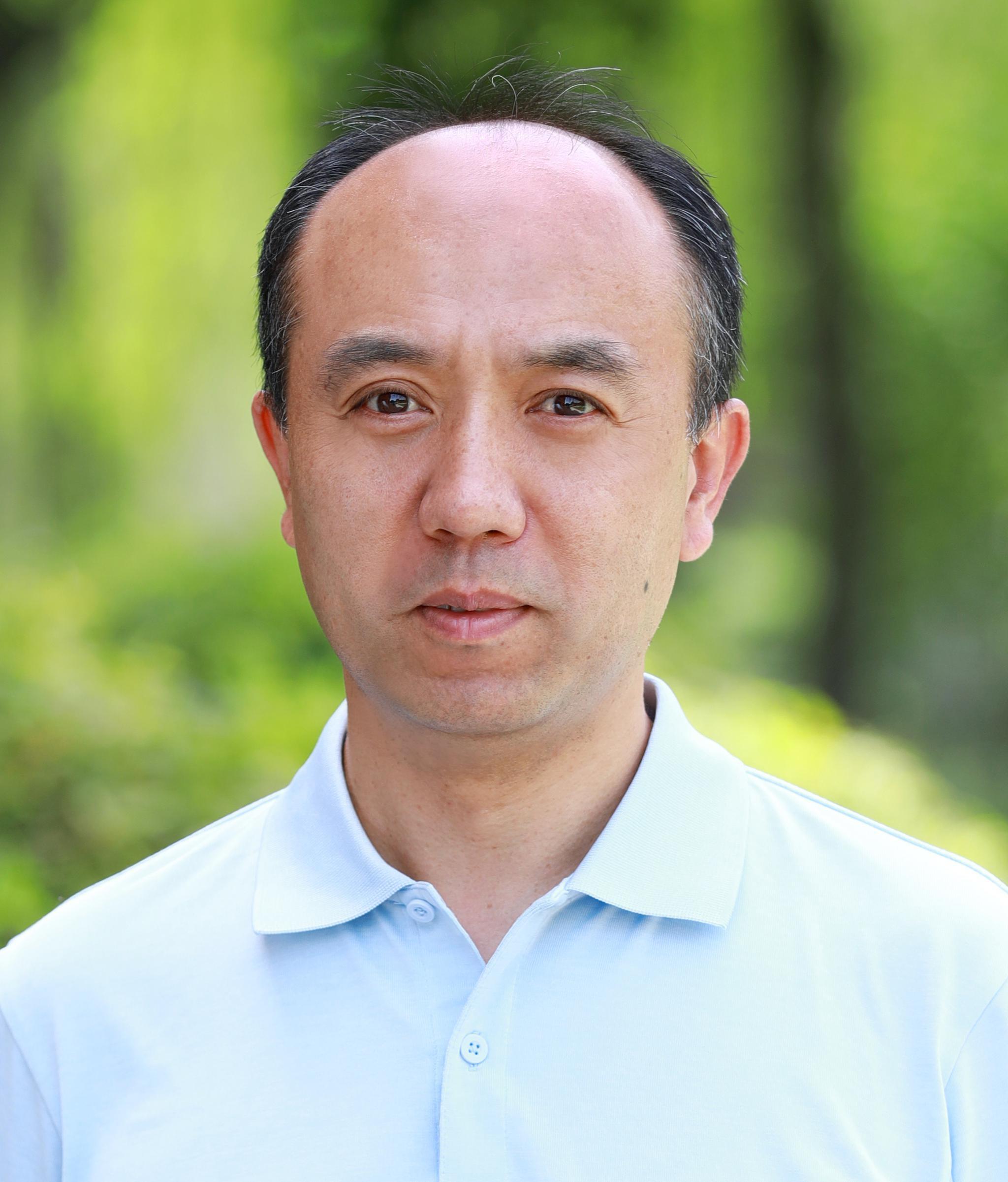 原子尺度上的追逐|专访王宏伟:如何抢占全球冷冻电镜先机