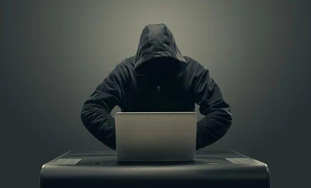 [摩天测速]诈骗2670万是摩天测速去年净利的6图片