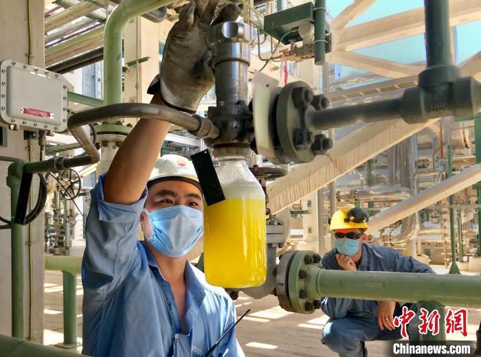 兰州石化公司助阿尔及尔炼厂项目实现一次开车成功