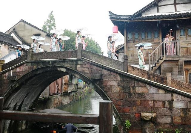 杭州演艺集团端午节举行文旅直播 畅游德清新市水乡古镇