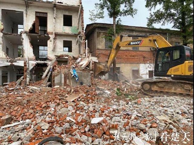 黄陂罗汉寺街强拆117平方米存量违建