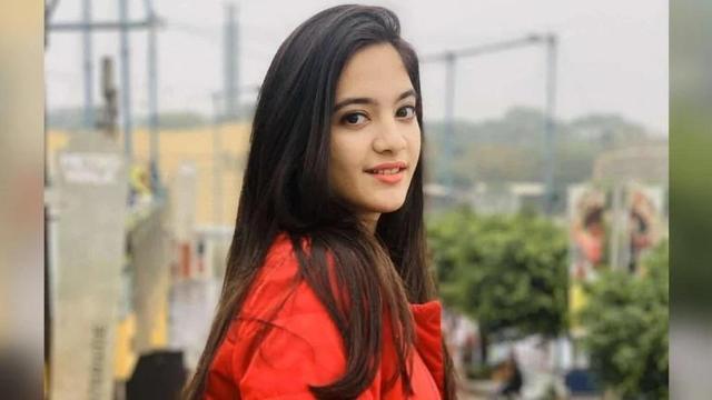 印度16岁美女网红家中自杀 经纪人称她有百万粉丝 星路断送太可惜