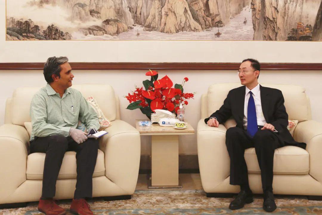 ▲资料图片:中国驻印度大使担当印媒专访,谈中印加勒万河谷事宜。(中国驻印度大使馆官网)