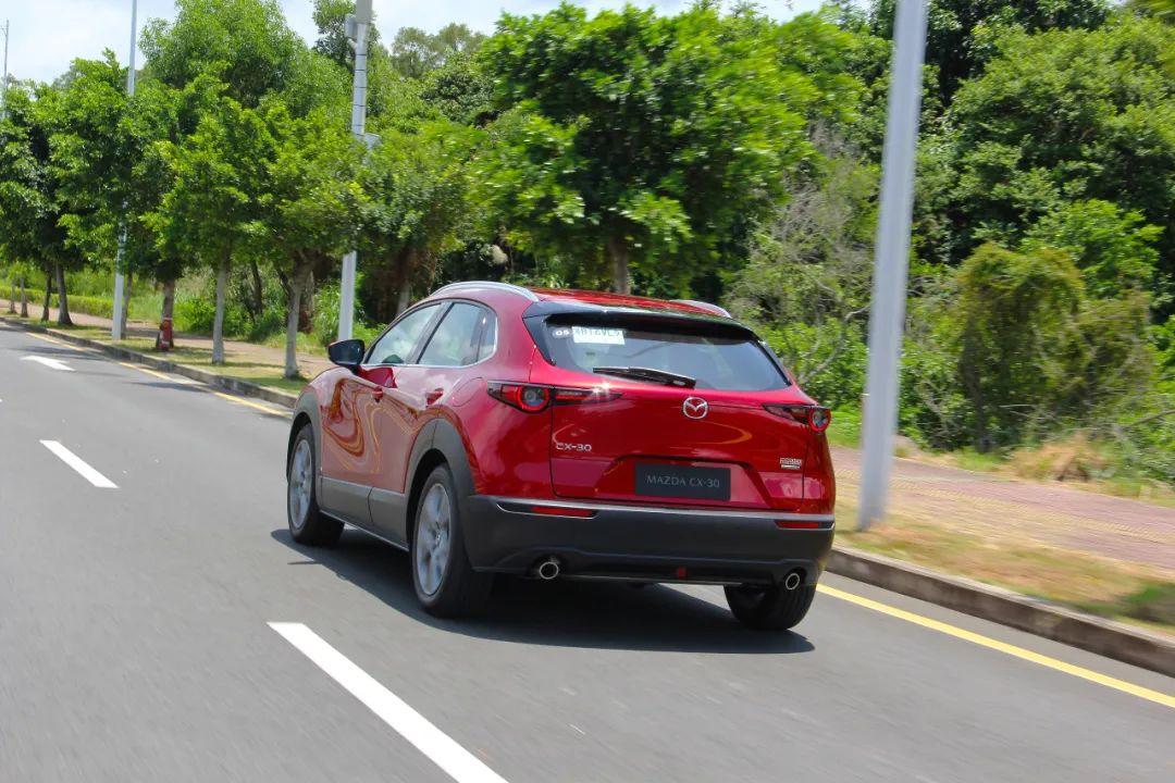 """试驾Mazda CX-30,体验""""人马一体""""的驾控乐趣"""