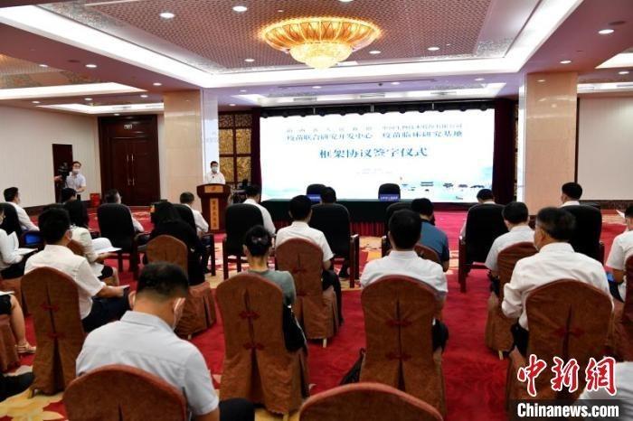 近5年来,山西与中国生物合作开展了10余项疫苗Ⅲ/Ⅳ期临床试验。 薛庆岭 摄