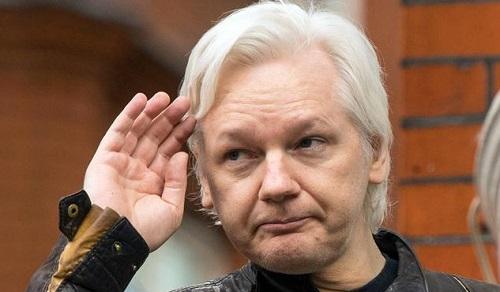 外媒:维基解密创始人阿桑奇再遭美国起诉18罪 最高获刑175年监禁