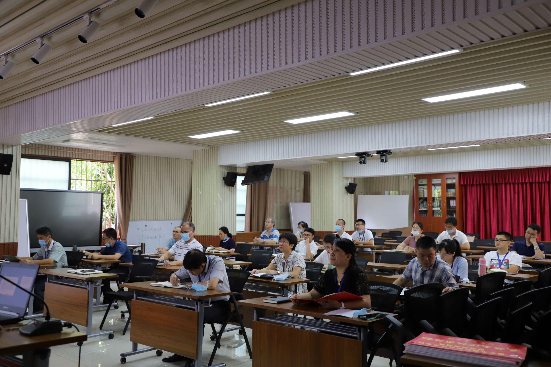 南宁三职校召开研讨会推进德育品牌建设