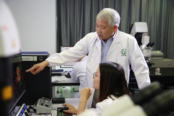 全国创新争先奖章获得者丁健:做老百姓用得起的好药,也让中国原创新药早日走向世界
