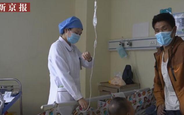 摩天代理崖村唇腭摩天代理裂女童父亲手术是给图片