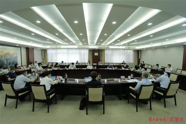 湖北省实施《中小企业促进法》办法修订草案提请审议,将给中小企业这些优惠