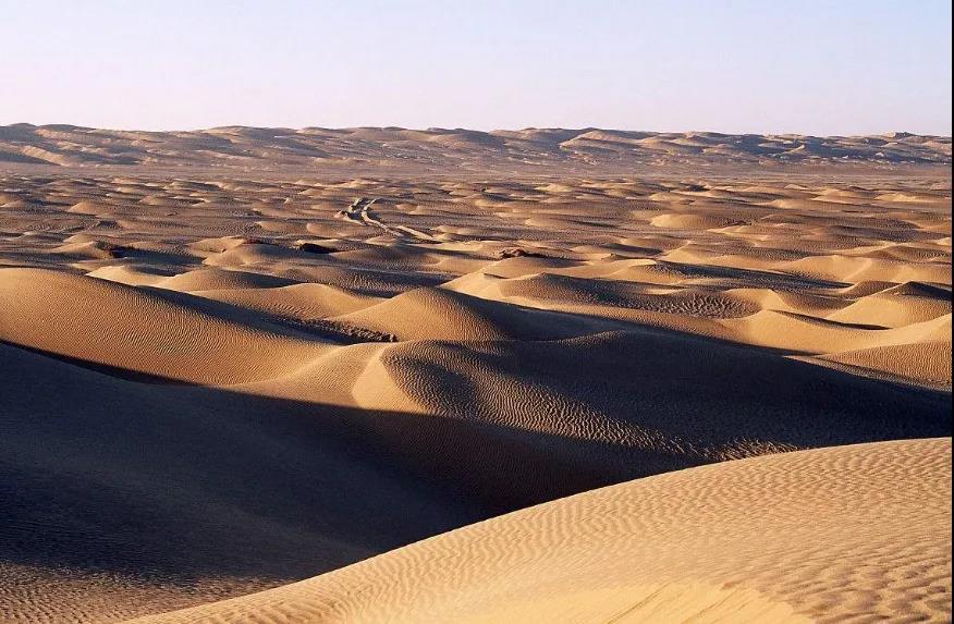 塔克拉玛干沙漠 图片来自网络