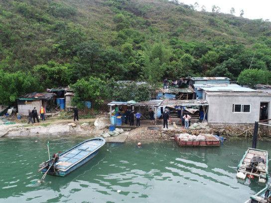 惠州大亚湾海洋综合执法人员完成许洲岛生态原貌恢复工作