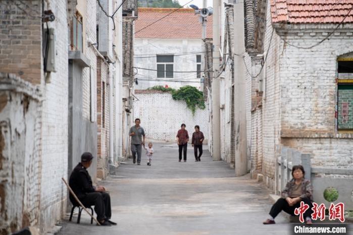 6月28日,山西省长治市平顺县西沟村,申纪兰在这里生活了70多年,整洁如常,宁静中透着几分沉重。 中新社记者 韦亮 摄