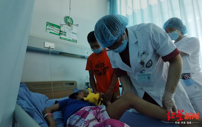 祝福她!11岁草原女孩先天性双侧髋关节脱位十余年,手术后有望正常行走