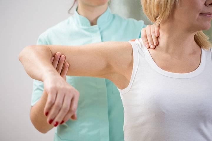 肩周疼脖子疼,枸杞子搭配乌鸡,强筋壮骨,和肩周炎说拜拜