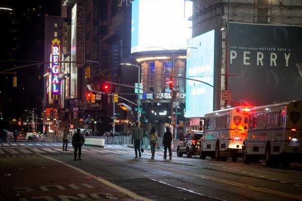 驻纽约总领馆提醒我公民宵禁期间注意安全图片