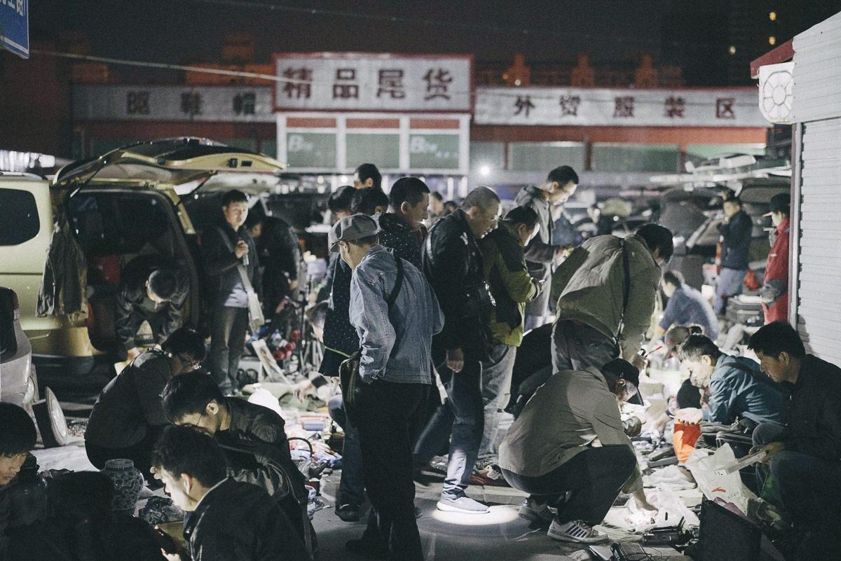 王岩:上海流动商贩调研,以及我认识的练摊达人