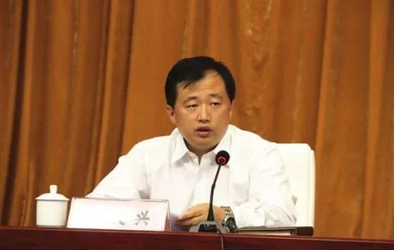 「天富」山东最年轻县长拟任县委天富书记图片