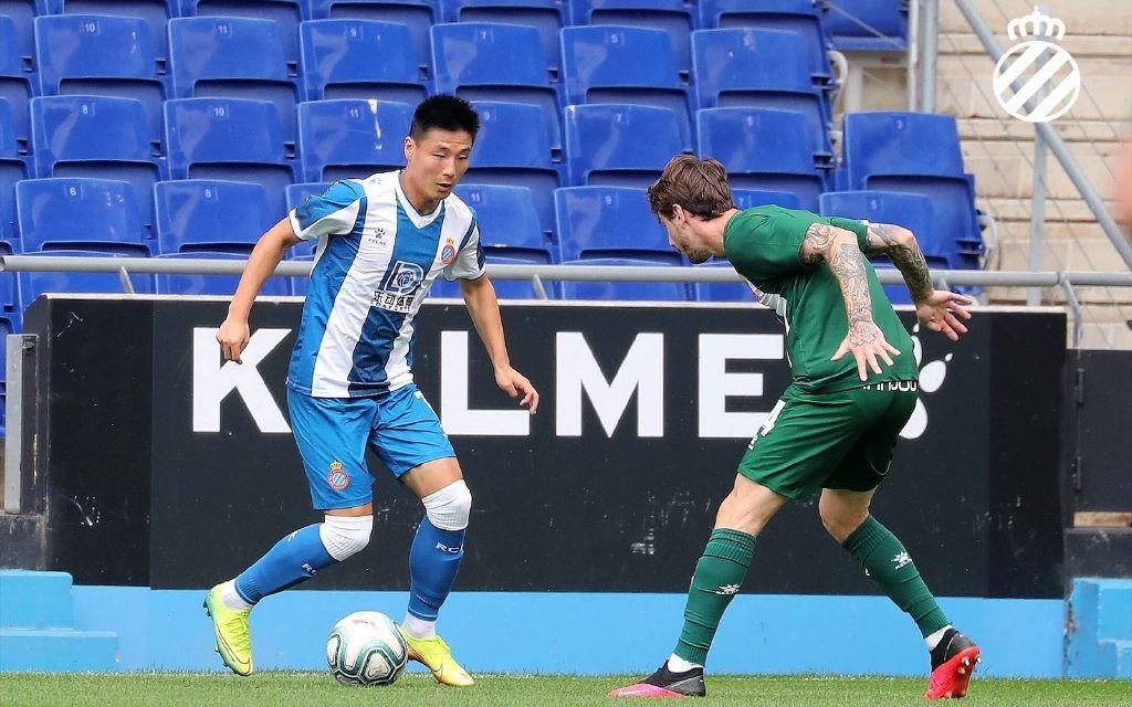 西班牙人队内赛预热西甲,武磊没观众照样进球