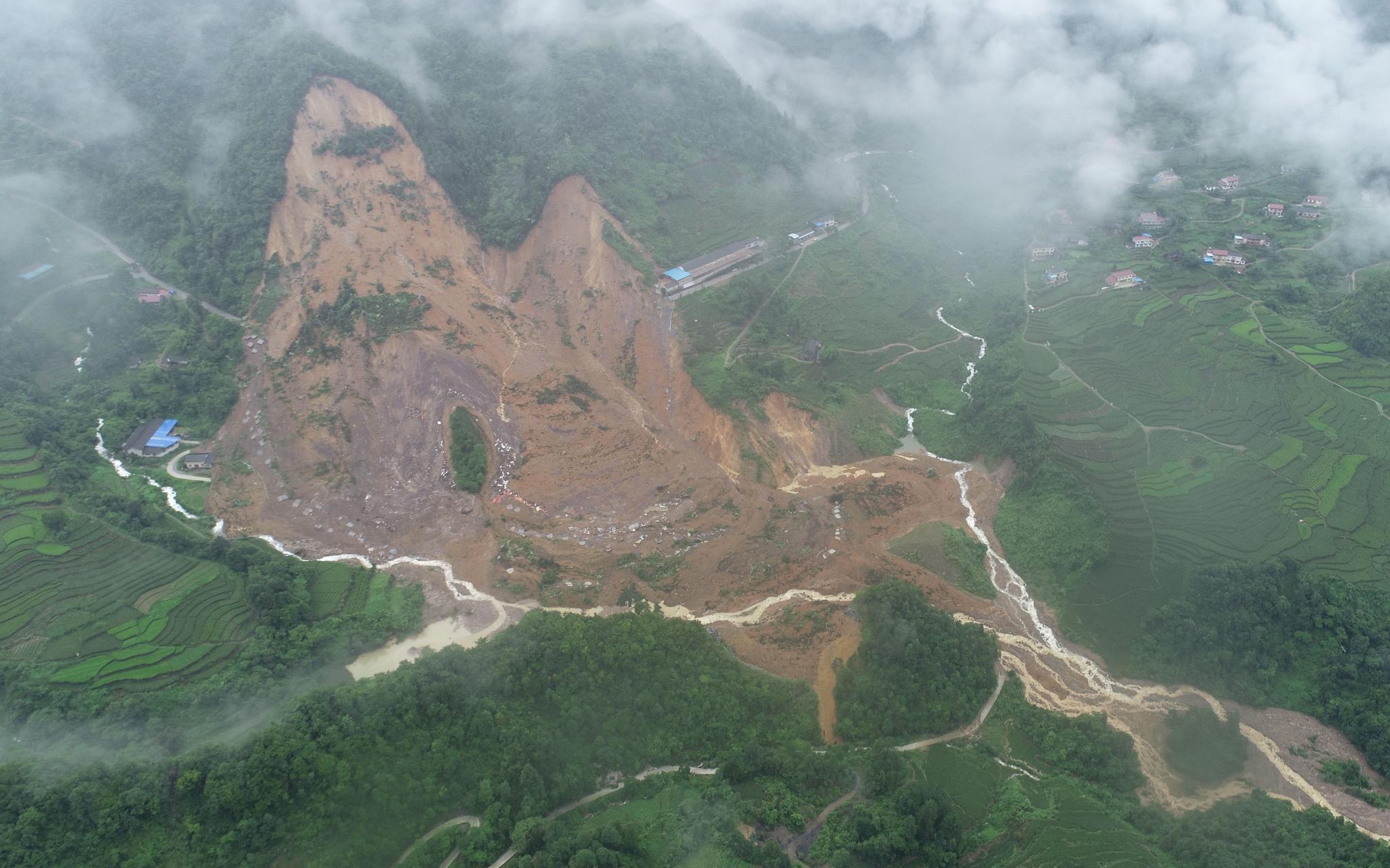 雷家山发生滑坡 北斗监测系统3次预警 村民提前撤离图片