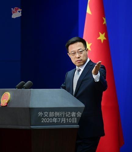 中国渔船上发现一具印尼籍男子尸体,外交部发言人赵立坚回应