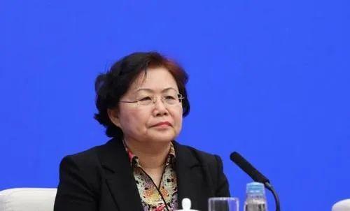 刘丽坚(女)任国家税务总局副局长(图/简历)图片